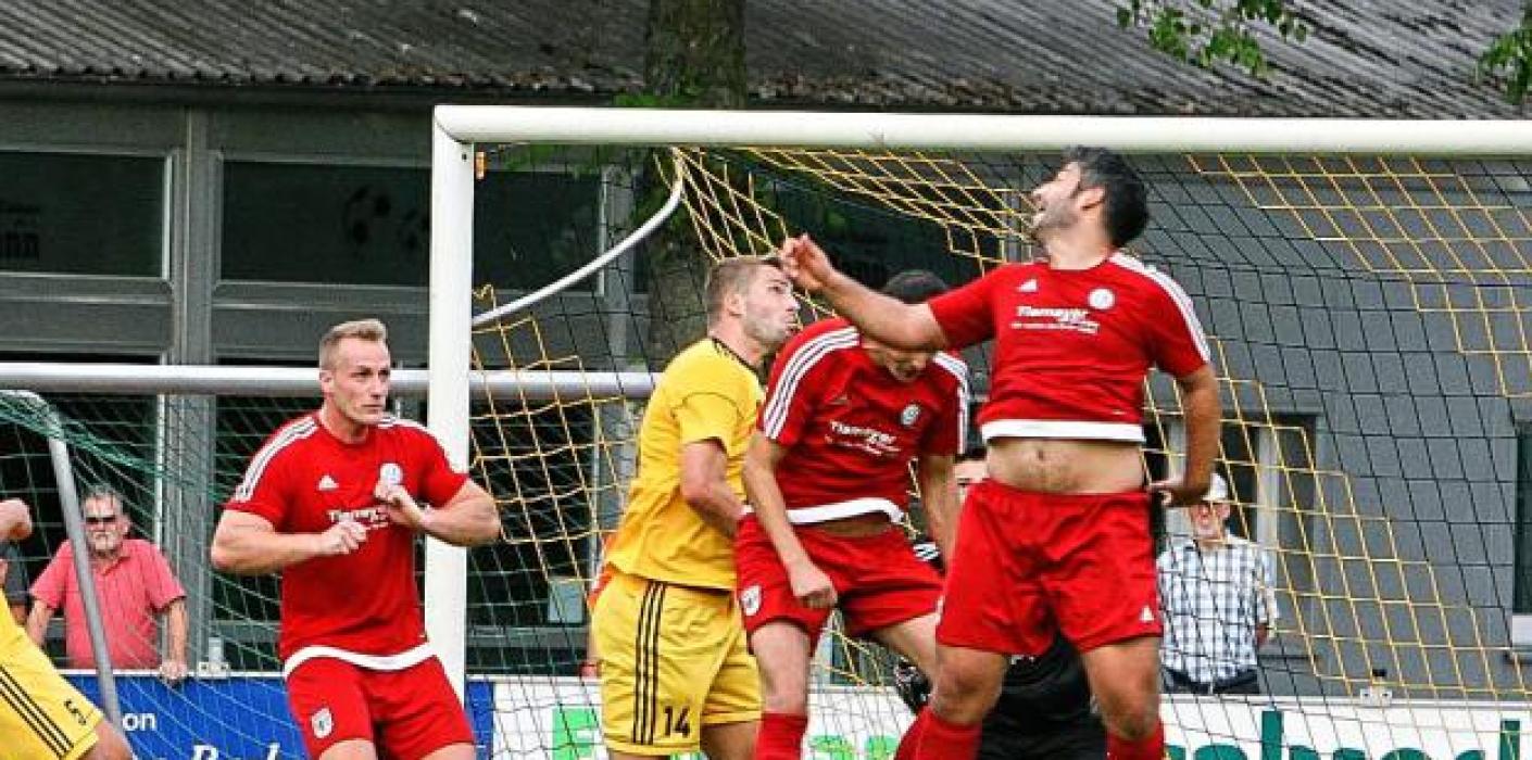 Thrillerderby am Badeweiher: VfB gegen Dorsten-Hardt