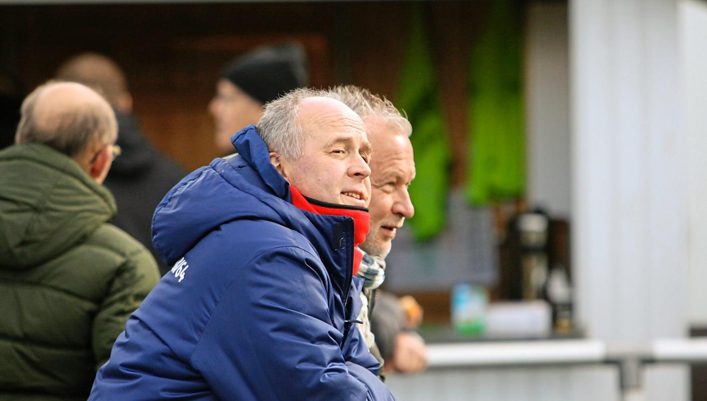 Fuchs verlängert beim VfB - Derby am Ostermontag
