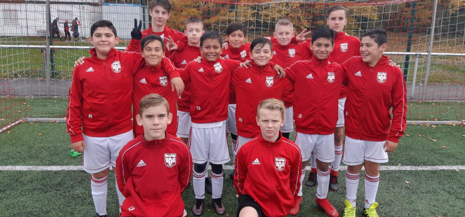 U13: Neue Trainingsjacken